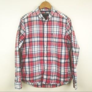 AMERICAN EAGLE Red Plaid Button Down Men's Shirt